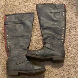 Journee Collection size 7.5 wide calf boots